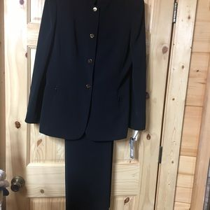 New with tags suit size 12